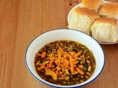 Maharashtra's Favourite Misal Pav With A Tandoori Twist, Watch How To Make This Fiery Dish At Home