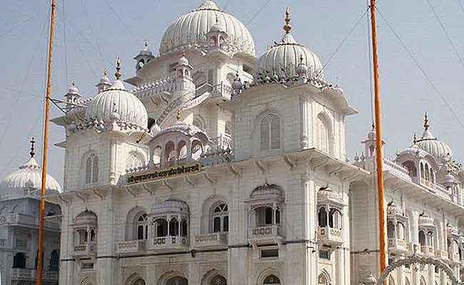 गुरू गोविंद सिंह की 350वीं जयंती, 'वाहे गुरू' के नारेसे गुंजायमान हुआ पटना