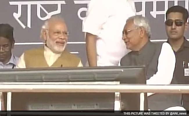 जिस चुनाव में बुरी तरह से हारा था NDA,नीतीश कुमार की आंधी में उड़ गई थी कांग्रेस और आरजेडी