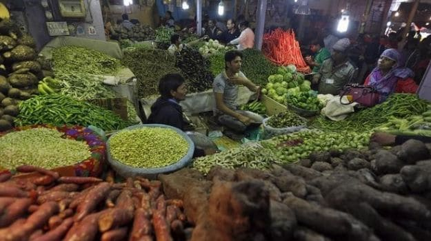 Food Prices Help Ease India's Retail Inflation in Feb