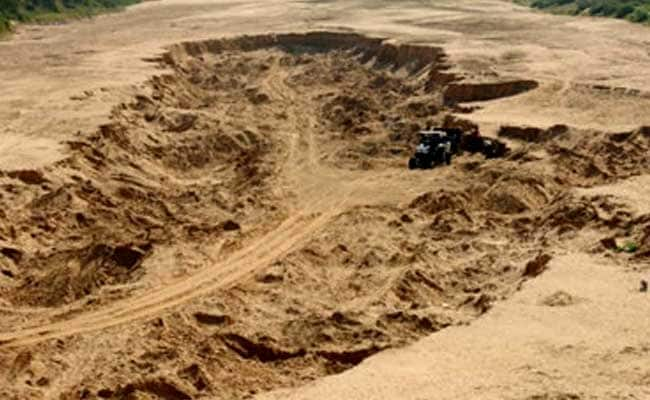 Congress Leader Threatens Madhya Pradesh Officer In Sand Mining Row