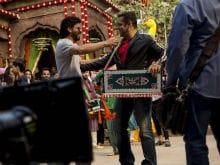 <i>Jabra Fan</i> Shah Rukh Meets <i>Sultan</i> Salman Khan. 'Picture Perfect'