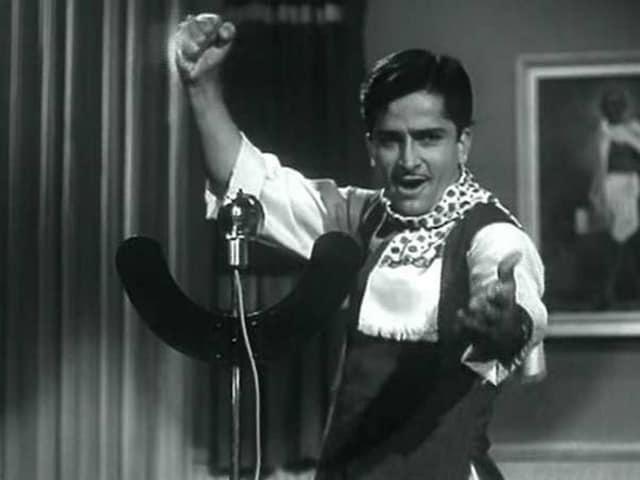 Dear Twitter, Shashi Kapoor is Fine. Stop 'Rumour Mongering'