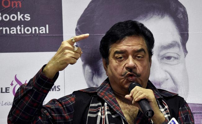 'Incredible': Shatrughan Sinha Targets PM Modi In 'Pak Interference' Row