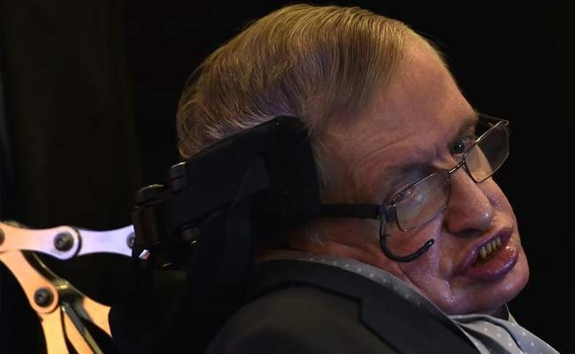 Stephen Hawking Calls For A Return To The Moon As Earth's Clock Runs Out