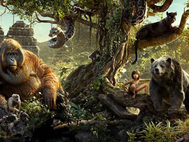 The Jungle Book Photo-Shoot: Scarlett, Idris Pose With Kaa, Shere Khan