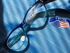 अमेरिकी राष्ट्रपति चुनाव : ईमेल मामला गर्माने के बाद डेमोक्रेटिक पार्टी की प्रमुख का इस्तीफा
