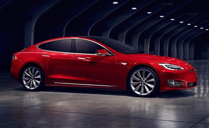 Tesla Model S Driver Saves Life; Company CEO Elon Musk Rewards Him