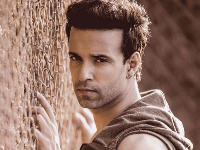 Aamir Ali Doesn't Want to do 'Mediocre Roles' in Films