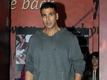 अक्षय कुमार को हीथ्रो एयरपोर्ट पर हिरासत में नहीं लिया गया