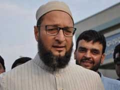 Shoe Hurled At Asaduddin Owaisi During Mumbai Rally