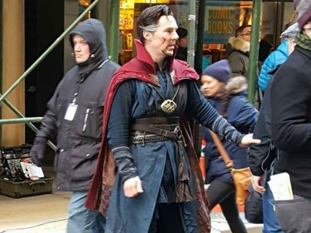 Benedict Cumberbatch Visits Comic Book Store in Doctor Strange Costume