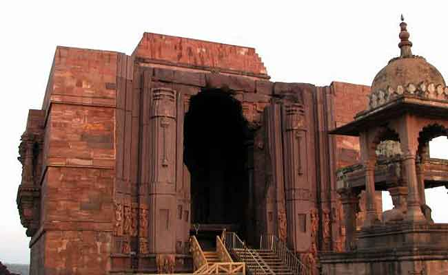 हिंदुओं को 20 साल बाद मिली इस देश के मंदिर में पूजा-अर्चना की इजाजत