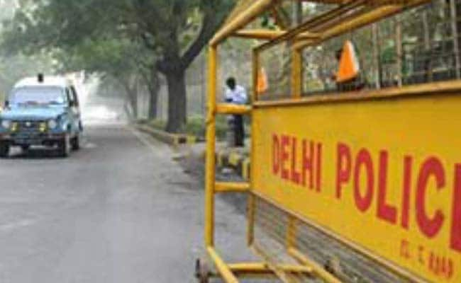 Woman Gives Birth To Baby Girl In Delhi Police Van