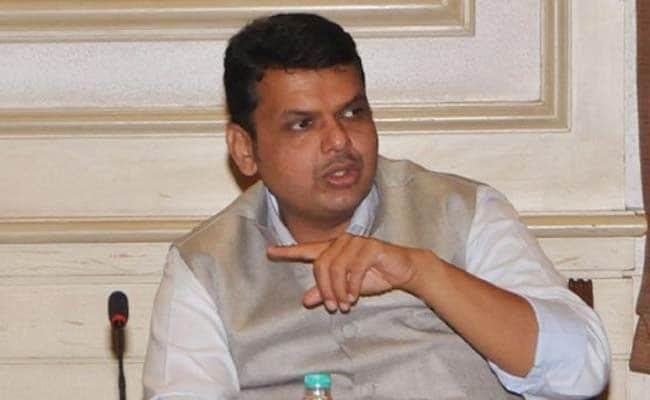 महाराष्ट्र की सीएम देवेंद्र फड़नवीस नहीं जाएंगे केंद्र, रक्षा मंत्री बनने की संभावनाओं को किया ख़ारिज
