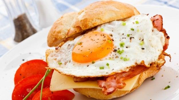 egg cheese danwich
