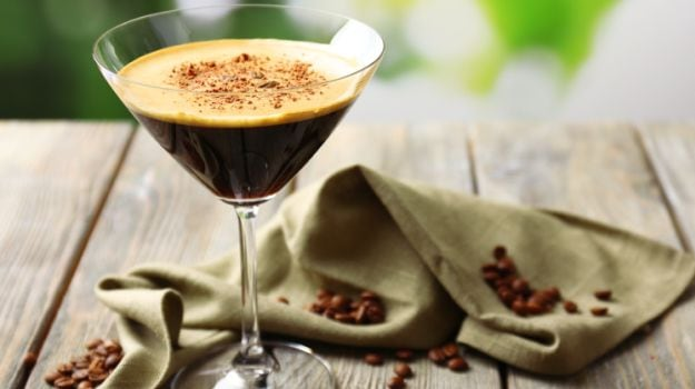 Espresso Martini, Coffee Sangria & More: How to Make Stellar Cocktails with Coffee