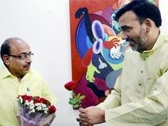 Unmoved By AAP's Rose, BJP's Vijay Goel Breaks Odd-Even Rule As Promised
