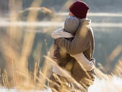 Happy Hug Day 2018: 5 Surprising Health Benefits Of Hugging Your Partner