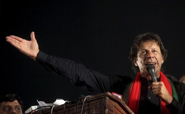 इमरान खान बोले, हर पाकिस्तानी नवाज शरीफ की तरह कायर नहीं है