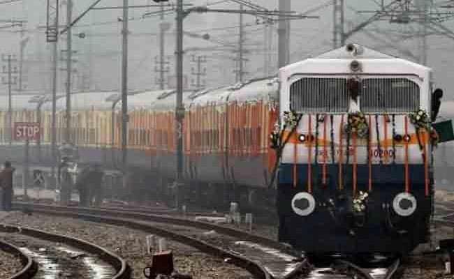 RRB ALP Recruitment 2018: 26502 पदों पर रेलवे ने निकाली हैं बंपर भर्तियां, ऐसे करें आवेदन