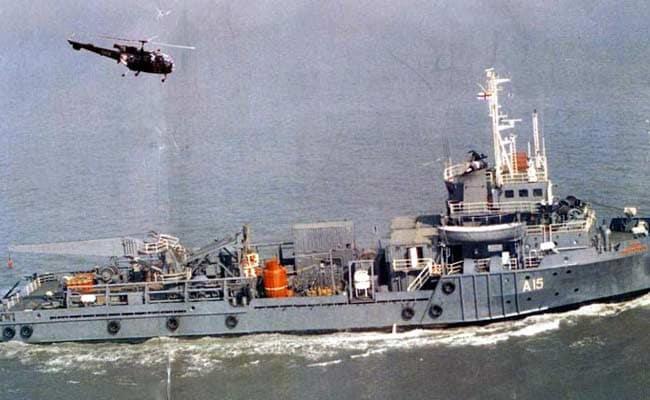 नौसेना के डाइविंग शिप पर फटा ऑक्सीजन सिलेंडर, एक नौसैनिक ने गंवाया पैर