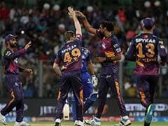 पुणे सुपरजायन्ट्स के चार गेंदबाजों ने अपने पहले ओवर की पहली ही गेंद पर लिया विकेट...