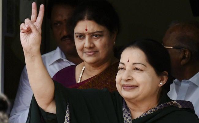तमिलनाडु की राजनीति में तीन दशक तक लहराता रहा जयललिता का परचम