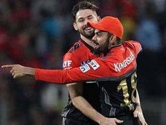 आईपीएल 9 - कोहली के बैंगलोर ने धोनी की पुणे को 13 रनों से हराया