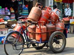 Subsidised LPG Price Hiked By Rs 5.5 A Cylinder, Aviation Fuel Cut By 5%