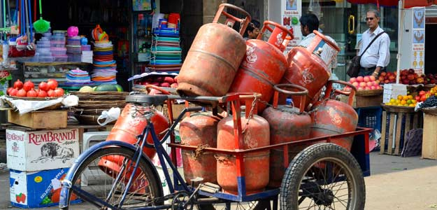 Non-Subsidised LPG, Jet Fuel Prices Hiked