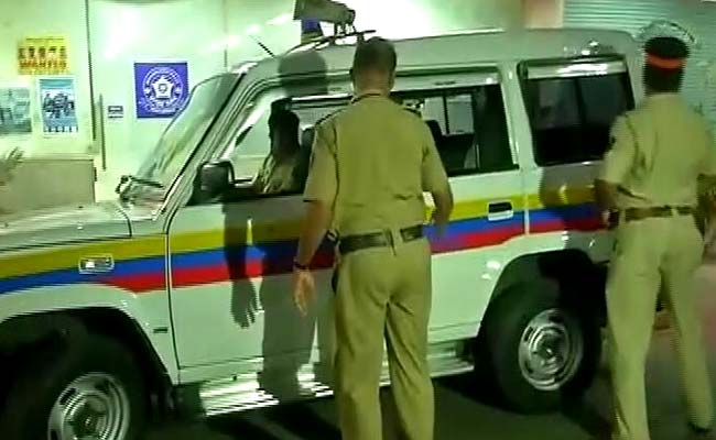 4 Men With Choppers, Firearms Rob Over Rs 16 Lakh From Cash Van In Mumbai