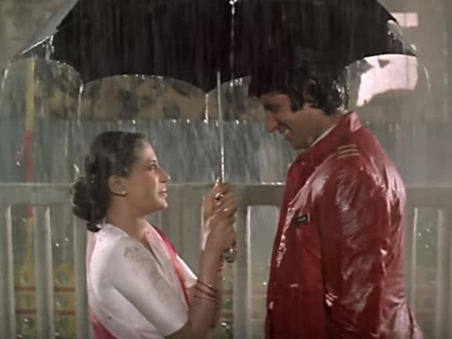 Amitabh Bachchan's Nostalgic Blog Post About Smita Patil is Beautiful