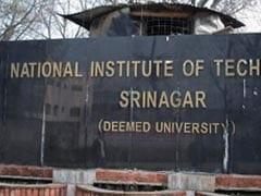 एनआईटी श्रीनगर के 55 से अधिक बाहरी छात्र अपने गृह नगरों को रवाना
