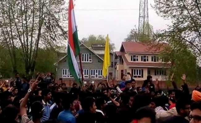 NIT Srinagar Students Want PM Modi To Hoist Tricolour On Campus