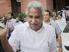 Oommen Chandy-Led UDF Promises Bicycle And Laptops To Students