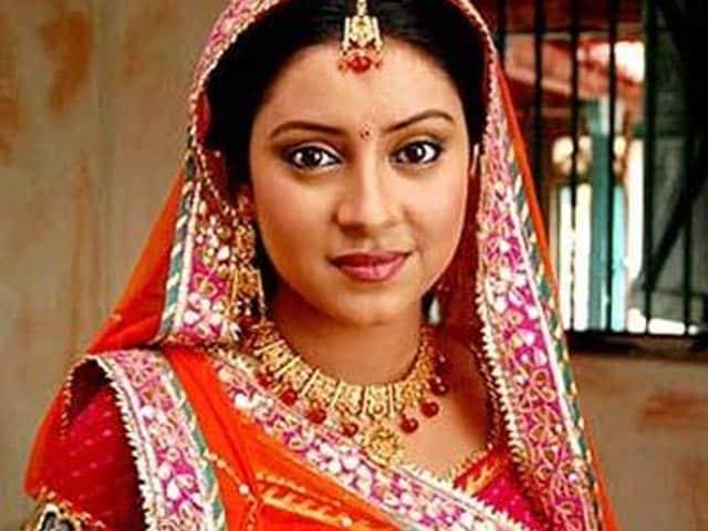 Balika Vadhu's Pratyusha Banerjee, 24, Allegedly Commits Suicide