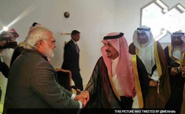 पाकिस्तान पर दबाव बनाने के लिए अहम है मोदी की सउदी अरब यात्रा