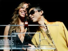 Mariah Carey Performs <I>One Sweet Day</i> as Tribute to Prince in Concert