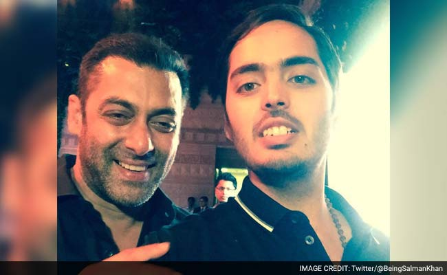 Anant Ambani's 108 Kg Weight Loss Wins Praise From Salman Khan, Dhoni