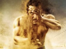 Salman Khan Emerges From the Dust in New <I>Sultan</i> Poster. Quite Literally