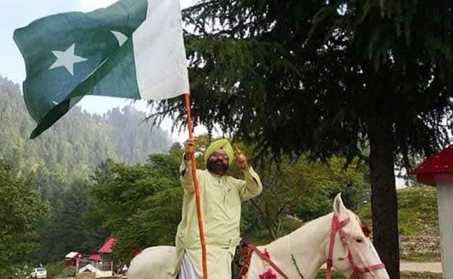 Provincial Minister Sardar Soran Singh Gunned Down In Northwest Pakistan