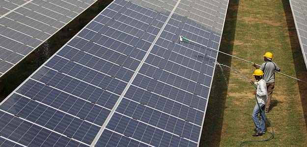 Government To Raise Solar Power Capacity To 48GW By 2019