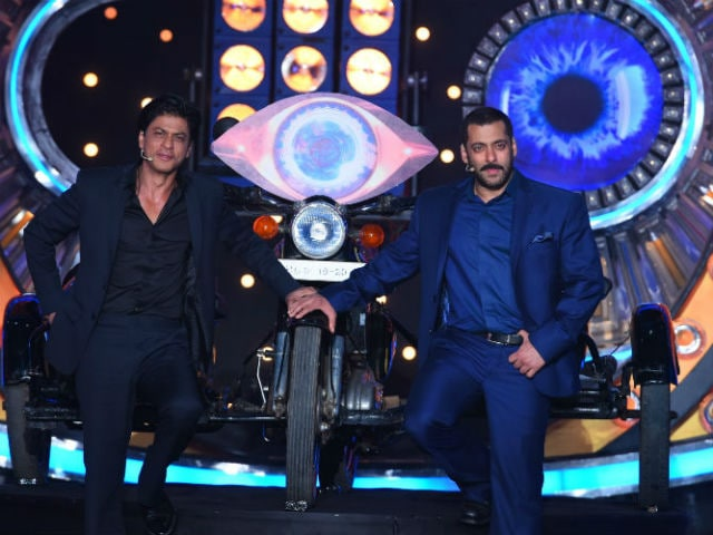 For Shah Rukh Khan, Tips on Not Losing Stardom to Salman From RGV