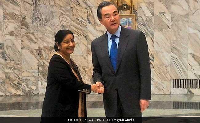 चीनी विदेश मंत्री की यात्रा के दौरान द. चीन सागर विवाद में ना पड़े भारत : चीन का सरकारी अखबार
