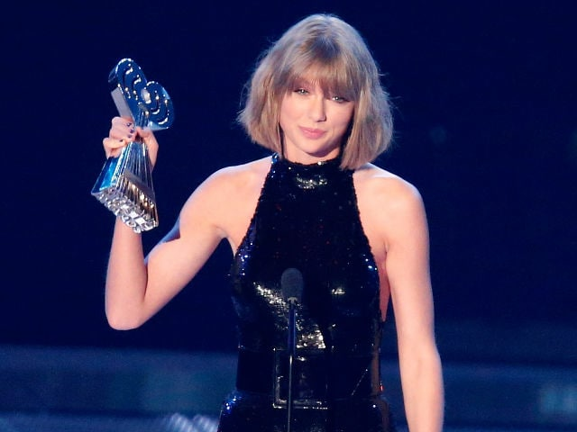 iHeartRadio Music Awards: Taylor Swift's Big Four