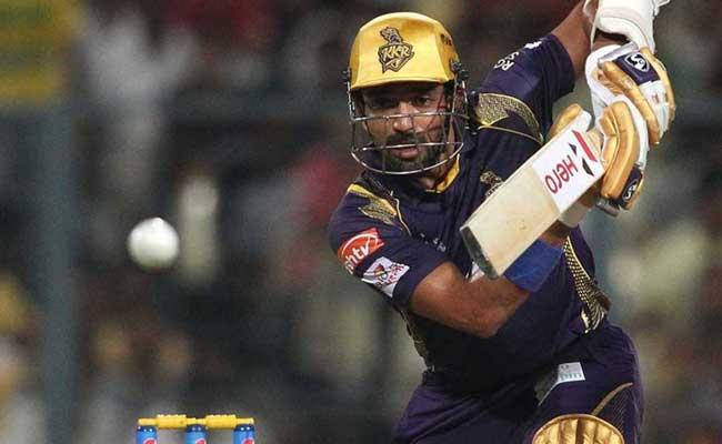 रॉबिन उथप्पा 177 आईपीएल मैचों में 435 चौक लगाए हैं।