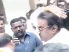Video Of DMDK Chief Vijayakanth Gesturing At Journalists Goes Viral
