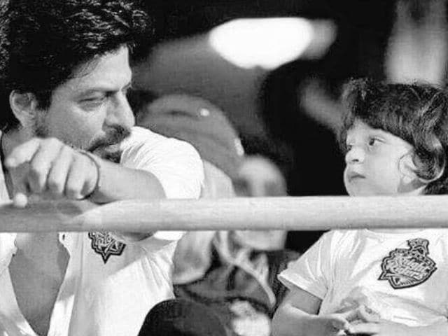 Rule-Breaker Shah Rukh Khan Posts Pic of AbRam's Mid-Air Birthday Party