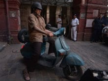 Amitabh Bachchan's Antique Scooter From <i>TE3N</i> Catapults its Owner to Fame